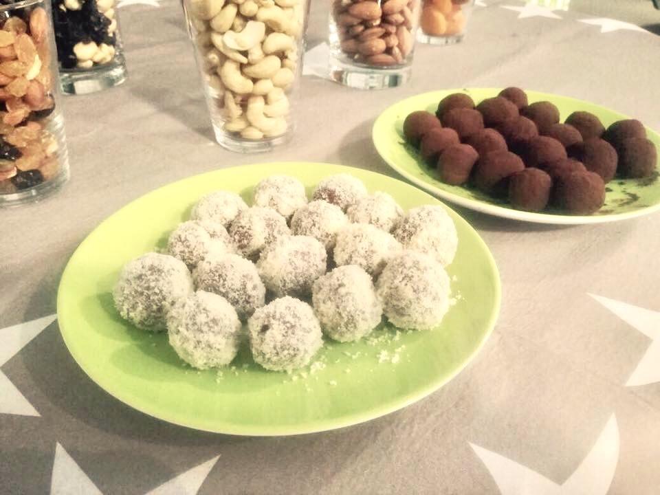 Powerballs der perfekte Snack gegen Heißhunger